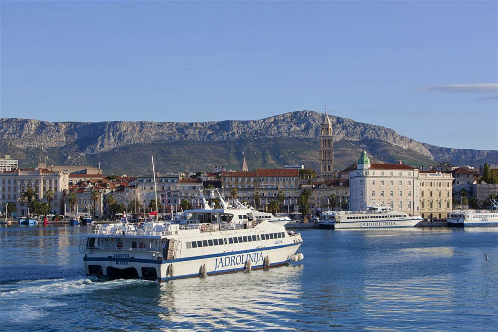 ferry-catamaran