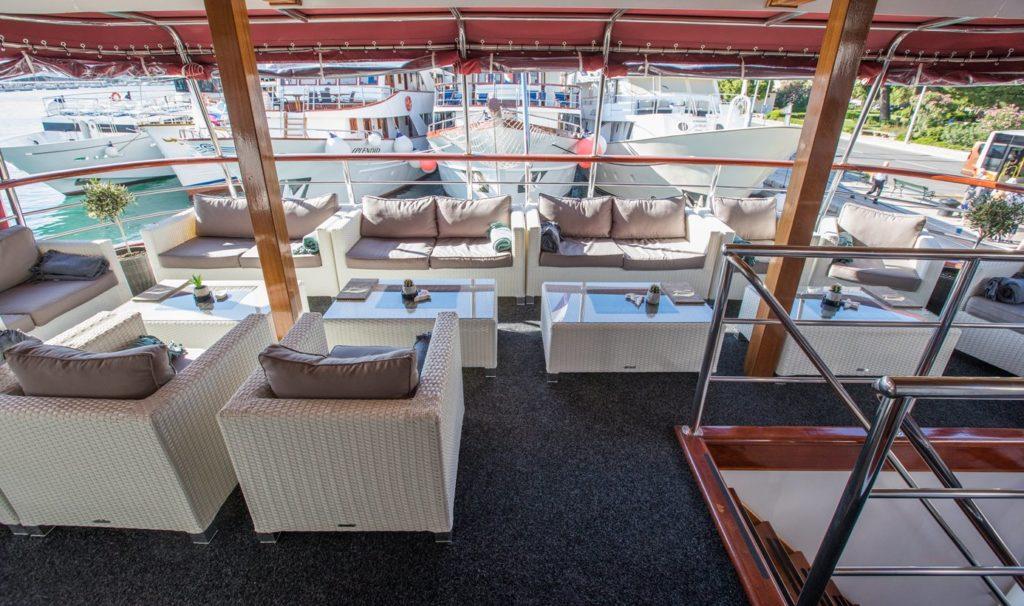 AP-Outdoor-Lounge