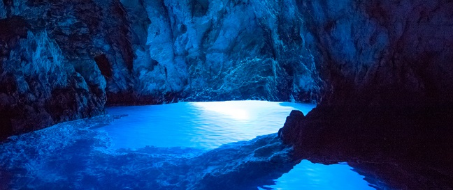 BLUE CAVE-sml