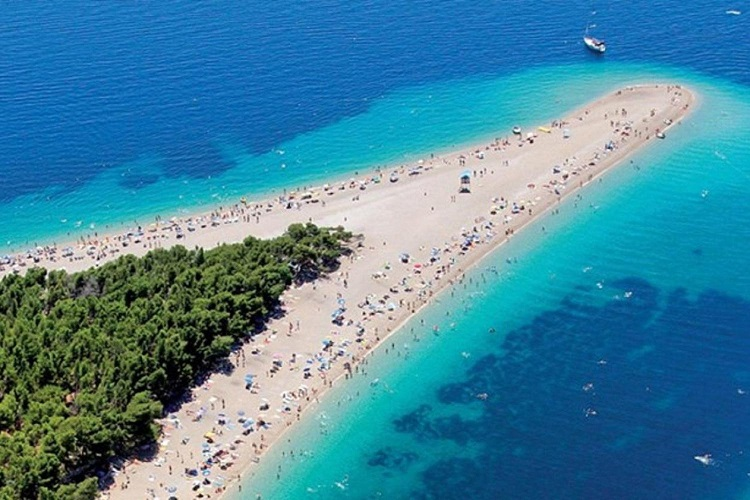 bol_golden_horn_beach