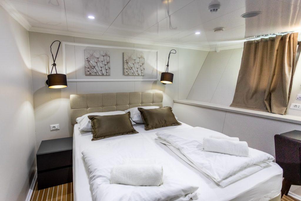 MS-Arca-Double-Cabin-small